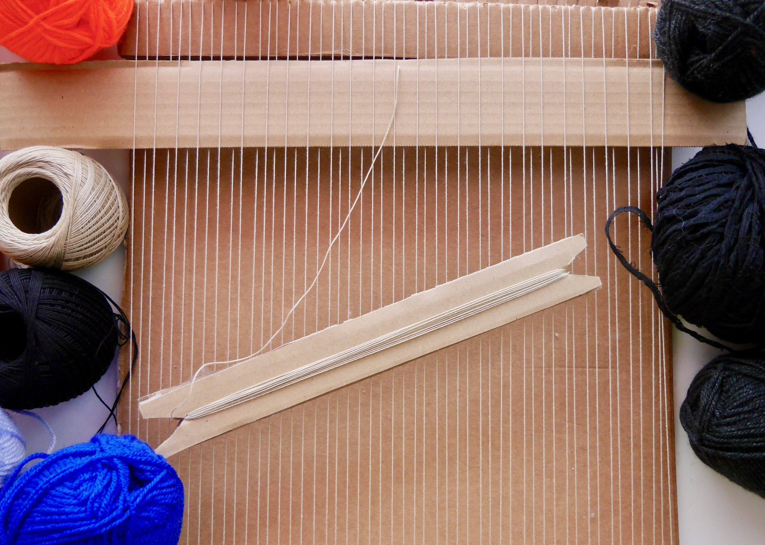 Weft and Warp Difference : Loom Yarn