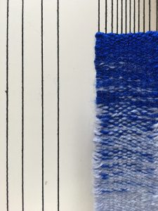 color gradation in weaving plain weave