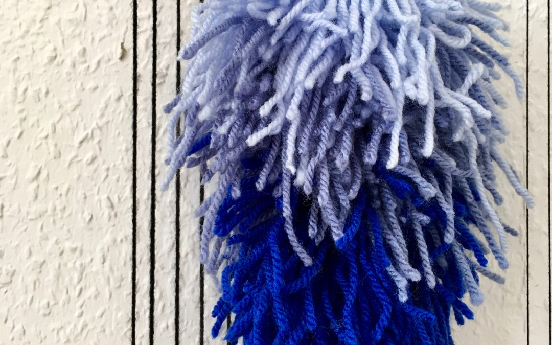 Gradient colors weaving with rya knots: Weaving Color