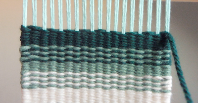 How to weave horizontal stripes and lines | weaving lines on the loom